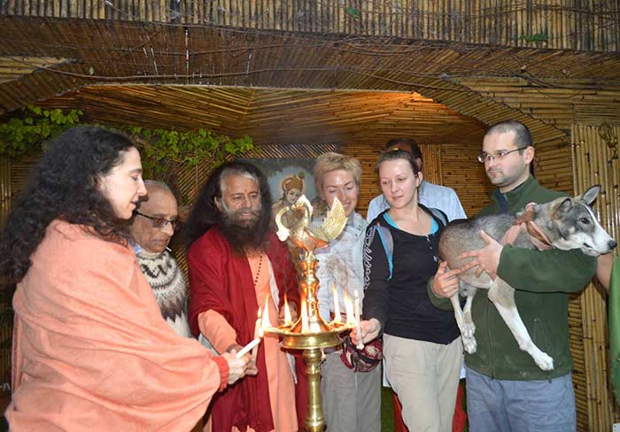 Month Long Rishikesh Animal Rescue Project Organized at Parmarth (1)