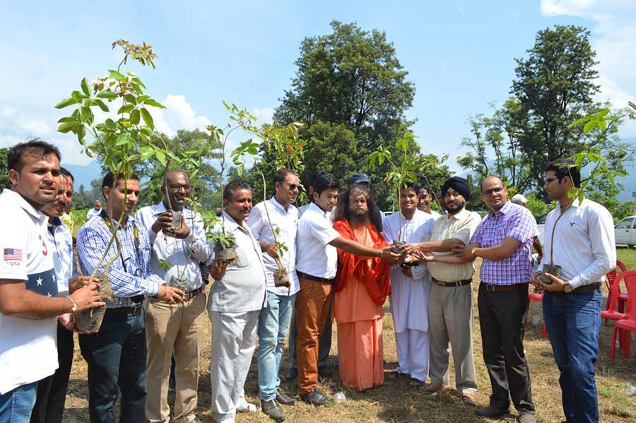 Shakti-aur-Prakriti-Tree-Plantation-(6)