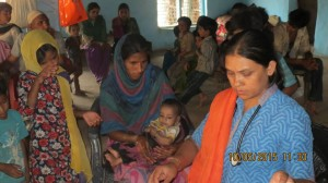 Gujjar Basti Medical Camp - 10 May 2015 (16)