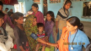 Gujjar Basti Medical Camp - 10 May 2015 (21)