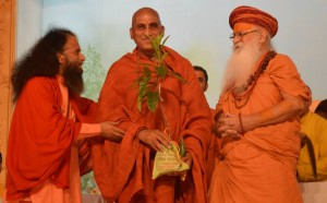 Saints Inspire Masses for Swachh Kumbha Mela (22)