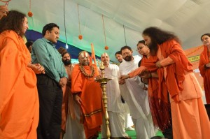 Saints Inspire Masses for Swachh Kumbha Mela (27)