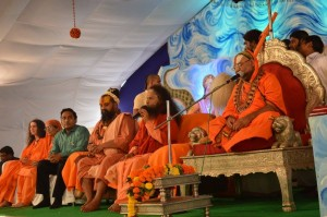 Saints Inspire Masses for Swachh Kumbha Mela (28)