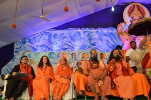 Saints Inspire Masses for Swachh Kumbha Mela (36)