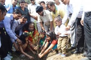 Shakti-aur-Prakriti-Tree-Plantation-(3)